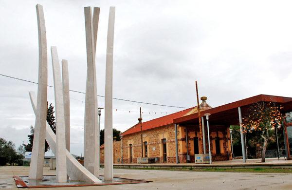 Escultura exterior de formigó